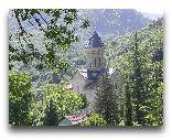 Рача: Церковь Баракони