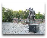 Ташкент: Памятник жетрвам 1966