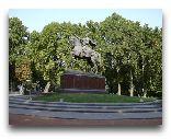 Ташкент: Памятник Амира Темура