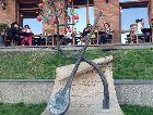 Тбилиси: Скульптура, посвященная поэту и музыканту Саят Нова