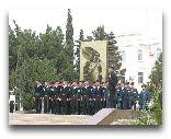 Туркменбаши: памятник солдату