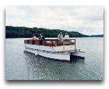 Вильянди: Прогулочный катамаран на озере
