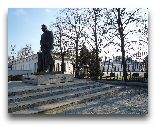 Варшава: Памятник Пилсудскому