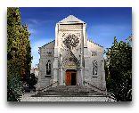 Ялта: Римско-католическая церковь на Пушкинской аллее