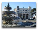 Зугдиди: Площадь в Зугдиди