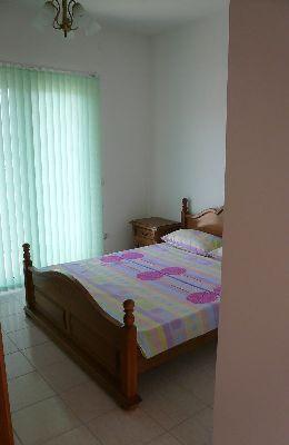 № 3 - двухместный номер с французской кроватью: комната номера 3