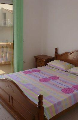 № 3 - двухместный номер с французской кроватью: кровать номера 3