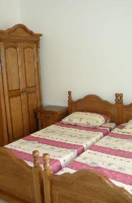 № 6 - двухместный номер с отдельными кроватями: кровати номера 6