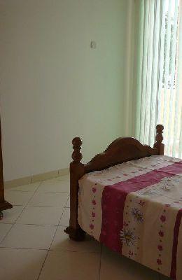№ 8 - двухместный номер с одиночной кроватью: выход на балкон