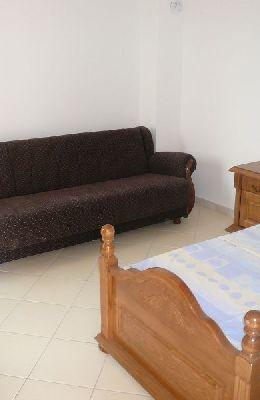 № 9 - двухместный номер с отдельными кроватями: комната номера 9