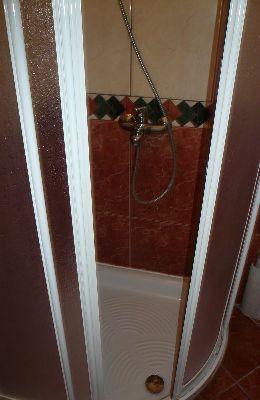 №6 - двухместный номер: душ номера 6