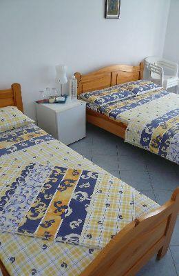 №7 - двухместный номер с дополнительной кроватью: номер 7