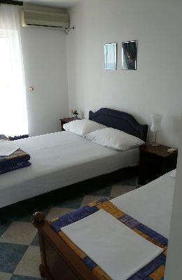№1 - двухместный номер с дополнительной кроватью: номер 1