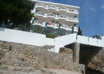 Спецпредложение на Черногорию в Elite Hotel: вид отеля с моря май 2008